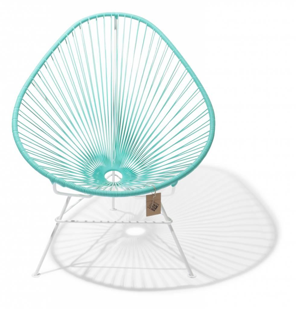 fauteuil acapulco tidion bleu clair turquoise avec cadre blanc le fauteuil acapulco authentique. Black Bedroom Furniture Sets. Home Design Ideas