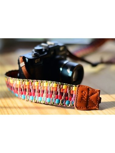 Textured color camera strap