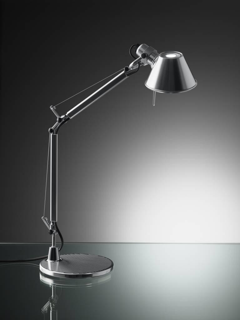 tolomeo mini led bureaulamp in 2 leduitvoeringen lucente. Black Bedroom Furniture Sets. Home Design Ideas