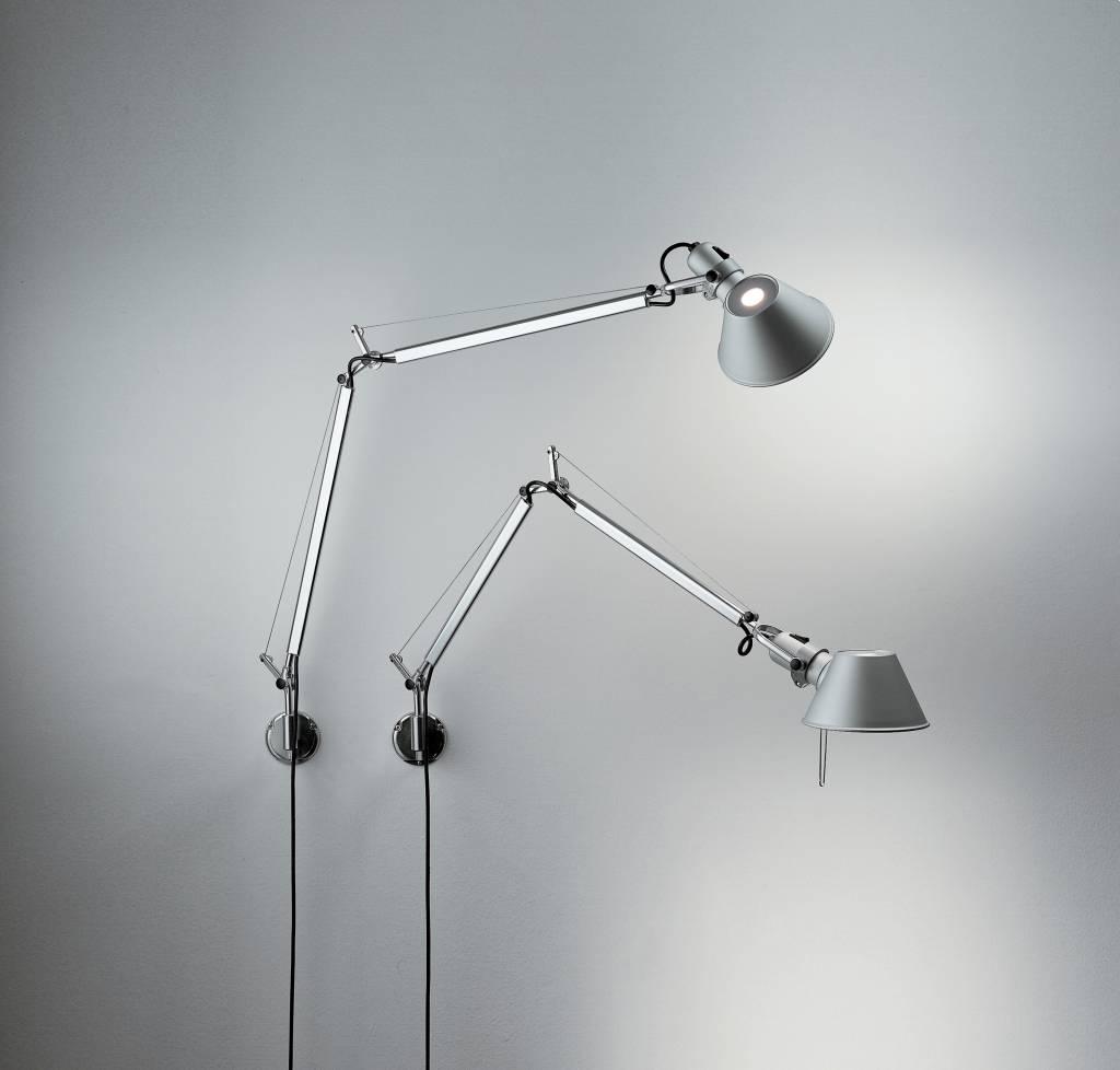 Tolomeo wall wandlamp aluminium wit en zwart lucente for Artemide verlichting