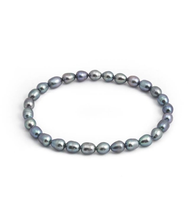 Aurora Patina Blauwe parel armband met 5 mm ovale zoetwaterparels