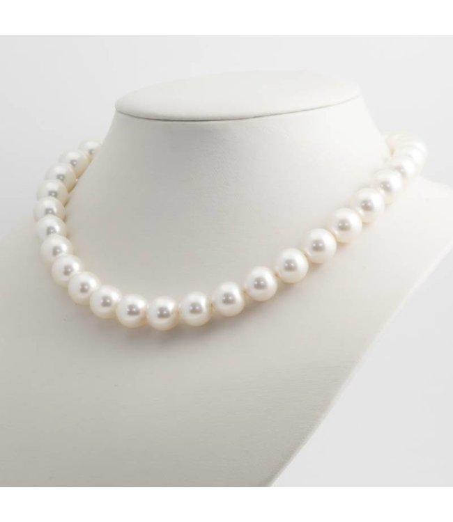 Krikor Witte parel ketting met 12 mm cream pearl parels