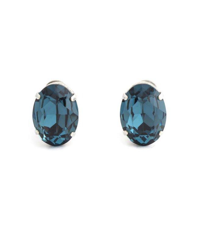 Krikor Blauwe oorclips met montana kristal 18x14 mm