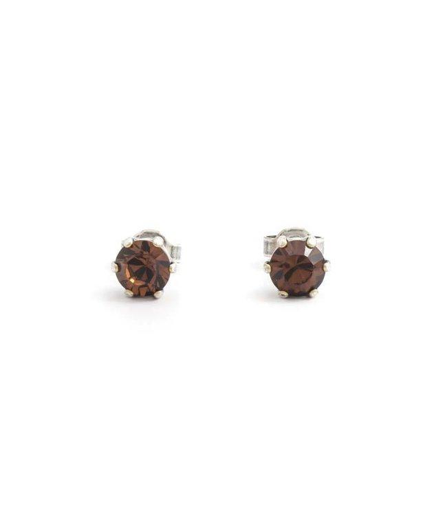 Krikor Zilveren oorknopjes met 6 mm bruin kristal