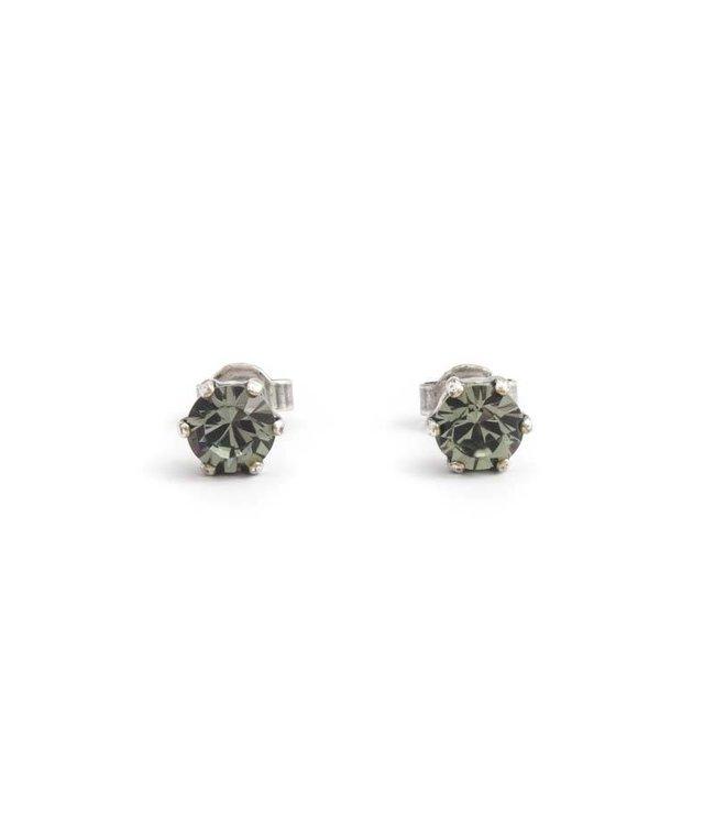 Krikor Zilveren oorknopjes met 6 mm donker grijze kristallen
