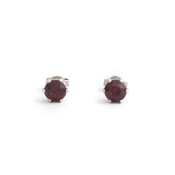 Robijn rode oorknopjes 6 mm