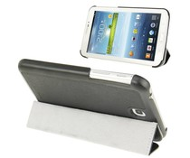 Zwarte hoes met standfunctie voor je  Galaxy Tab 3 (7 inch)