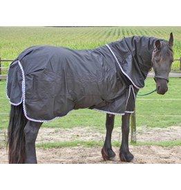 LuBa Pferdedecken, Extreme® All Wetter Turnout 1680D mit Halsteil 150gr - Friesisch