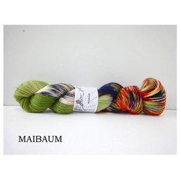 Fine Merino Socks col. Maibaum