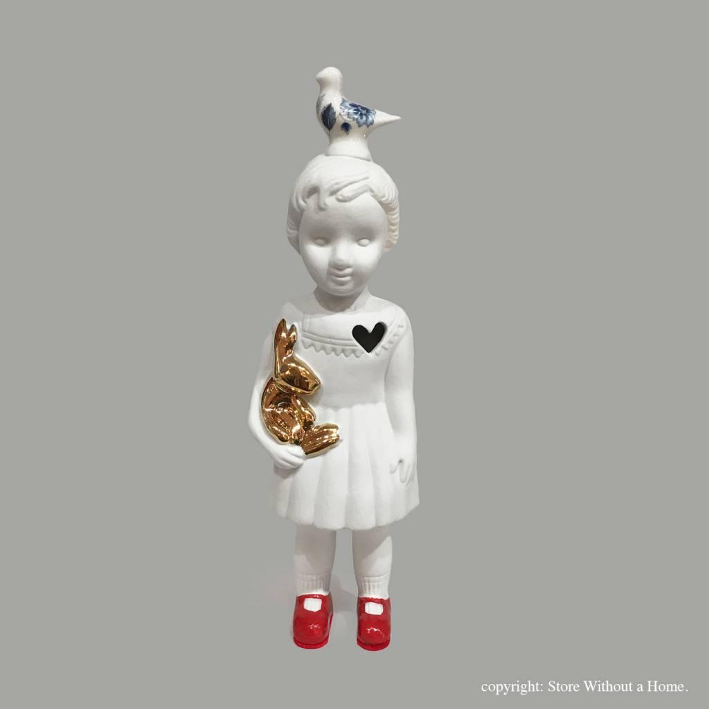 Doll / Pigeon / White