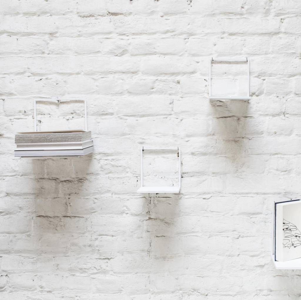 Metal wall shelve / White / L