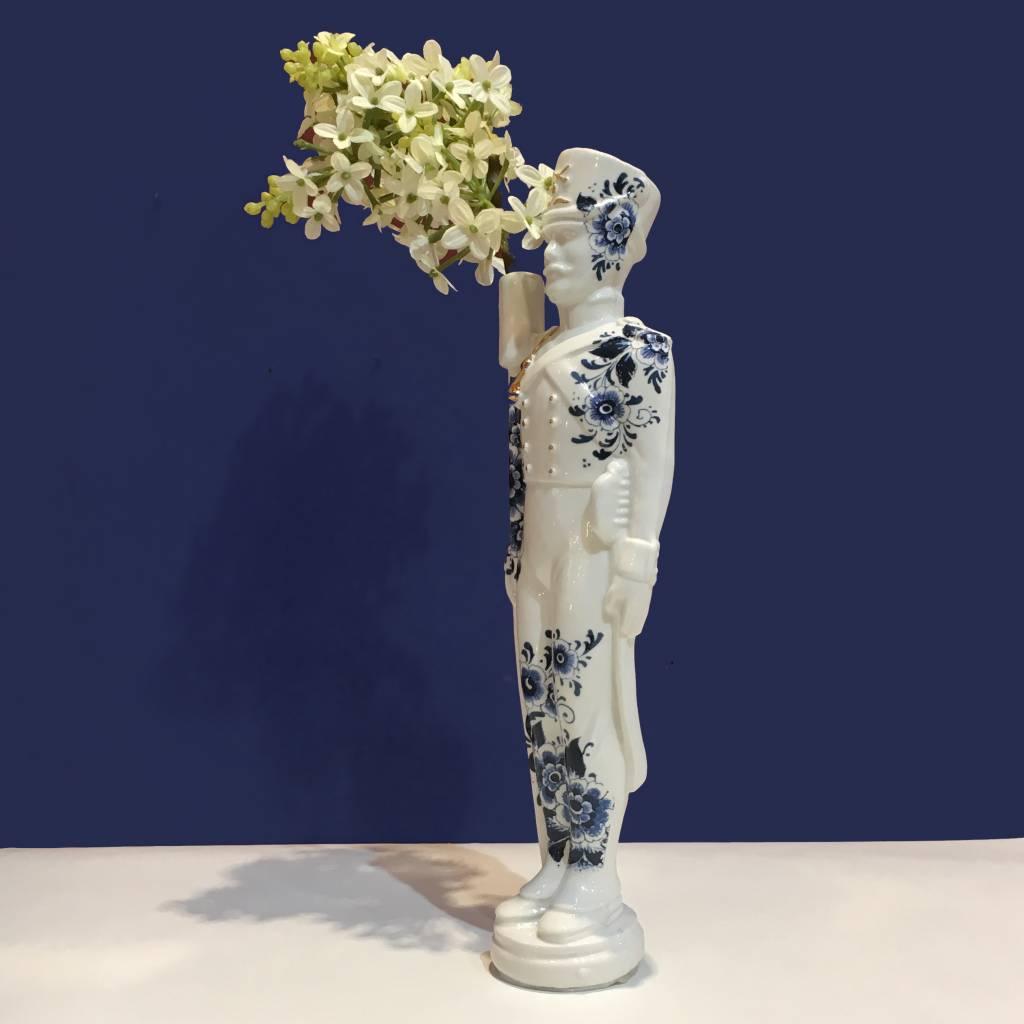 Vase / Flower Soldier