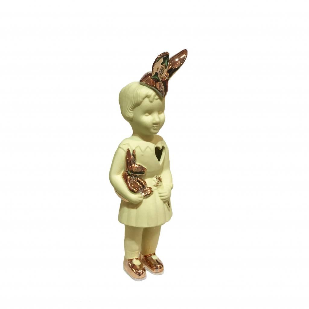 Geel mini popje van Lammers en Lammers