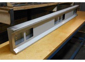 VTS lichtbalk 190cm Cabine achterzijde 6 vierkante gaten staal