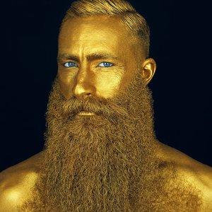 Captain Fawcett Beard Oil Million Dollar - travel