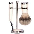 Gentlemens Tonic Scheerset  Savile Row Mach3 Silvertip