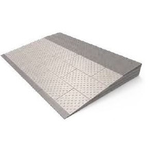 SecuCare Modular Hilfs Threshold 4 Ebenensatz (84x57x8cm) von SecuCare