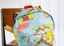 Small backpacks for preschoolers 22-30 cm