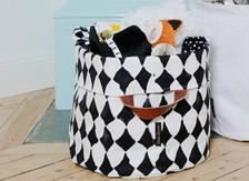 Fashionable organisers for the childs room