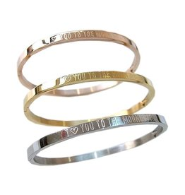 Kaya Sieraden Bangle with text 'I ♡ you to the moon & back'