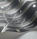 Cole-Son Woods & Stars Charcoal (Antraciet Grijs) 103/11053 Behang