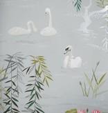 Nina-Campbell Swan Lake Lichtblauw En Zilver NCW4020-01 Behang