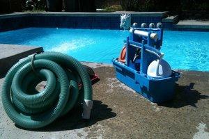 6 tips: zwembad schoonmaken