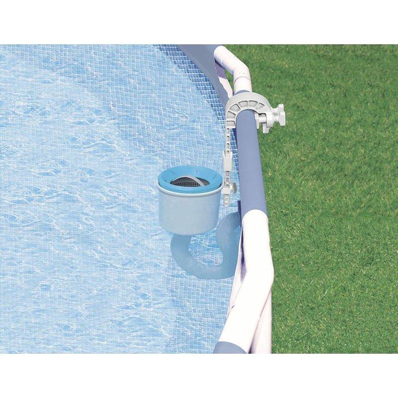 Intex skimmer large tegen bladafval en insecten for Accessoire piscine gifi