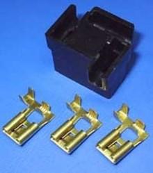 30-145B H4 zwart 3-polig
