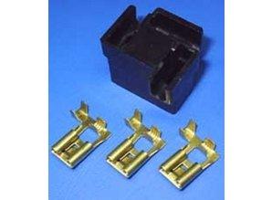 30-145B koplampstekker haaks H4 zwart 3-polig