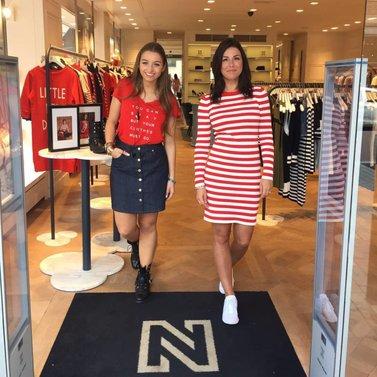 walk the nikkie black carpet! #NIKKIE #BrandStore #Rotterdam #Meent90
