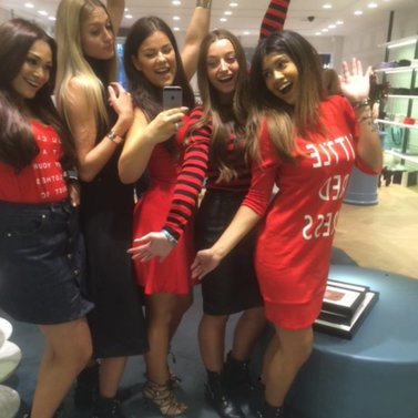 happy crew! #stayorgo_t-shirt #bronte#a-line#skirt #ventura#dress #little#red#dress #NIKKIE #BrandStore #Rotterdam #Meent90