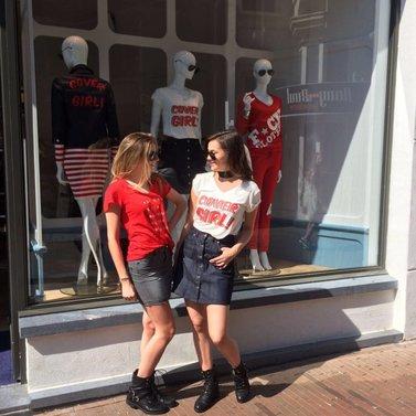 let the sun shine!  #stayorgo#t-shirt #brandi#skirt #covergirl#t-shirt #bronte#a-lineskirt #NIKKIE #BrandStore #DenBosch #Kerkstraat13