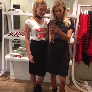 selfie! #covergirl#t-shirt# NIKKIE #BrandStore #Maastricht #Stokstraat3