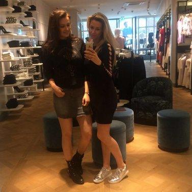 Mirror selfie! #NIKKIE #BrandStore #DenBosch #Kerkstraat13