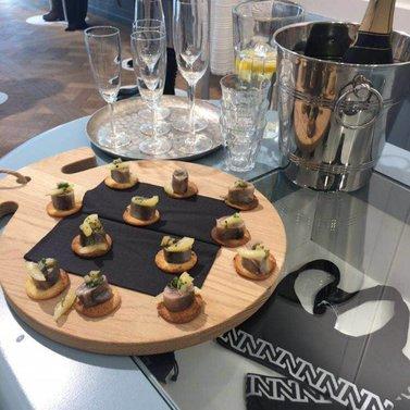 toast and champagne! #NIKKIE #BrandStore #Antwerpen #KorteGasthuisstraat15