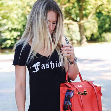 Fashion woman! #fashion#tshirt #NIKKIE