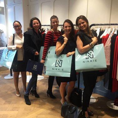 Shopping girls! #NIKKIE #BrandStore #Amsterdam #CornelisSchuytstraat #Willemsparkweg175