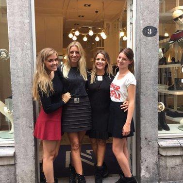 crew selfie! #NIKKIE #BrandStore #Maastricht #Stokstraat3