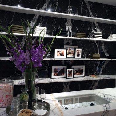 purple flowers! #NIKKIE #BrandStore #Breda #Ridderstraat10