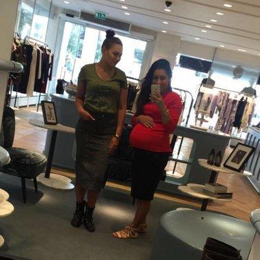 mirrow selfie! #NIKKIE #BrandStore #Rotterdam #Meent90