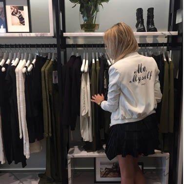 shopping queen! #NIKKIE #BrandStore #Groningen #TussenBeideMarkten2-4