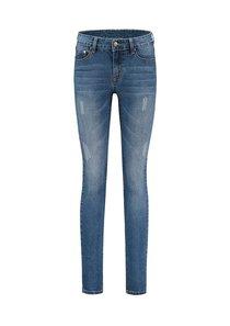 Betty Skinny Jeans