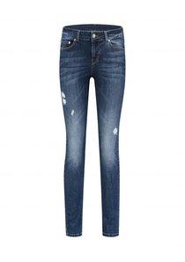 Betty Destroy Skinny Jeans