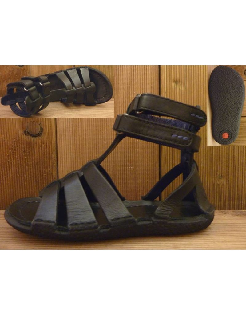 Kickers Schuhe Kindersandale Peplum schwarz 29  Innenmass 17,5 cm       statt 69Euro