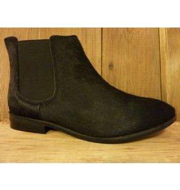 Lazamani Schuhe Stiefeletten aus schwarzem Fell Chelsea