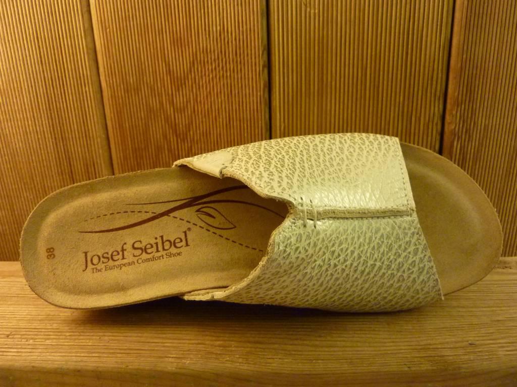 Josef Seibel Schuhe Josef Seibel Meike Plateau Pantolette in weiß mit besonders bequemer Passform
