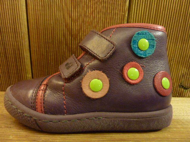 Froddo Kinderschuhe lila Lauflernschuhe mit Verzierung, Klettverschluss und Gummisohle
