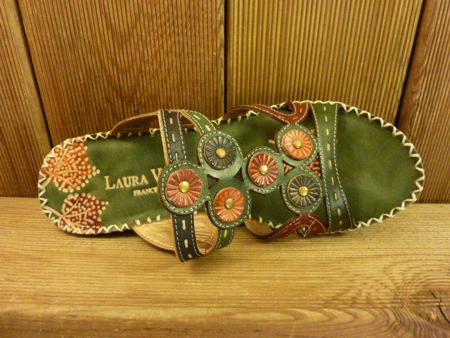 Laura Vita offene Sandale mit Keilabsatz aus buntem Leder für Damen