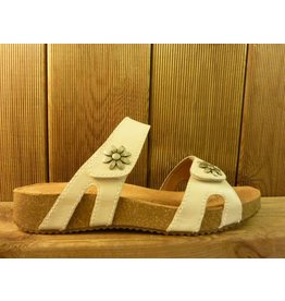 Josef Seibel Schuhe weiße Sandalen aus Leder mit Blumennieten
